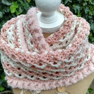 Wendy's Honeycomb Scarf